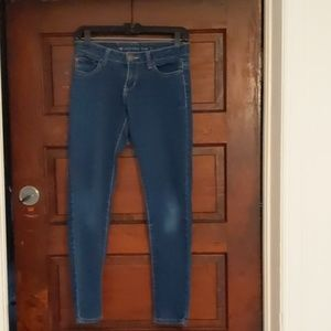 Size small jeans.